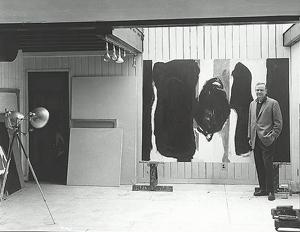 Robert Motherwell en su estudio