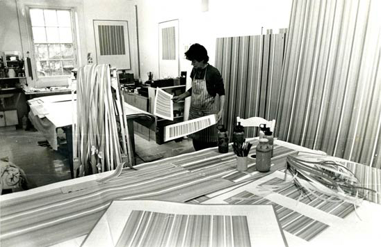 Bridget Riley en su estudio